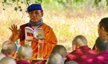 Những điều cần biết trong nghi lễ giao tiếp với bậc Thượng sư và Tăng đoàn Kim Cương Thừa